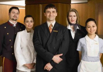Service-human-in-hotel