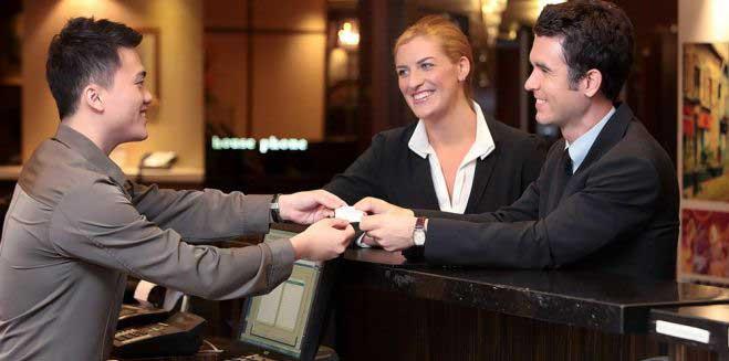 hotel-staff-Control-yourself